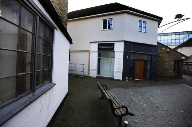 Bicester Advertiser: The flats would be to the rear of the building above the shop floor