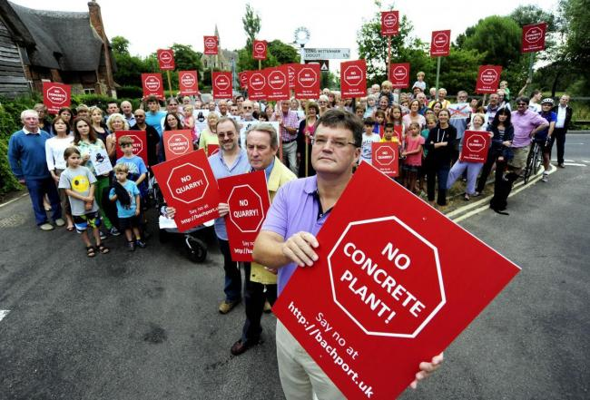 Residents from Clifton Hampden and Little Wittenham campaign against the new quarry Picture Oxford Mail