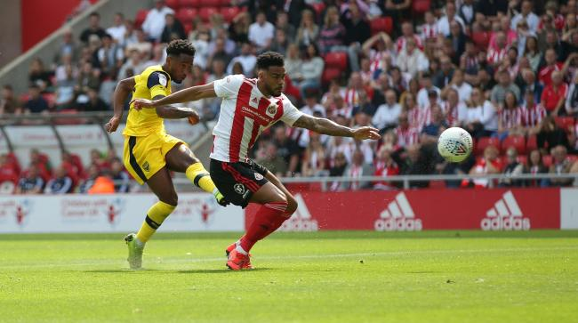 Tariqe Fosu fires Oxford United ahead at Sunderland  Picture: Richard Parkes