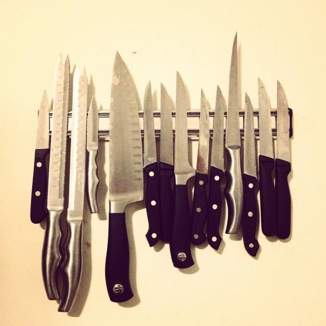 It is illegal to sell knives to children (pic: Pixabay)