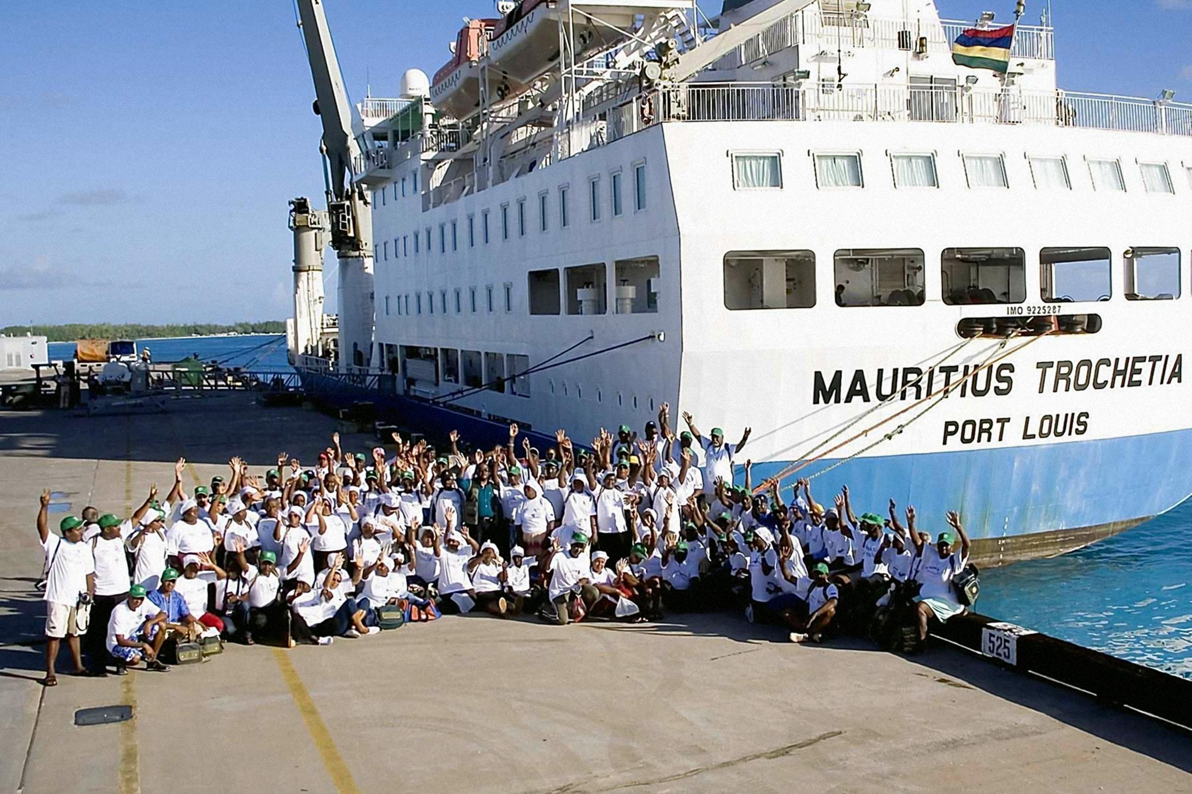 mauritian dating uk