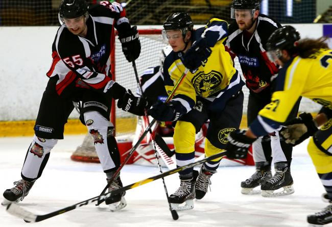 Jake Florey in action for Oxford City Stars against Cardiff Fire Picture: John Welsby