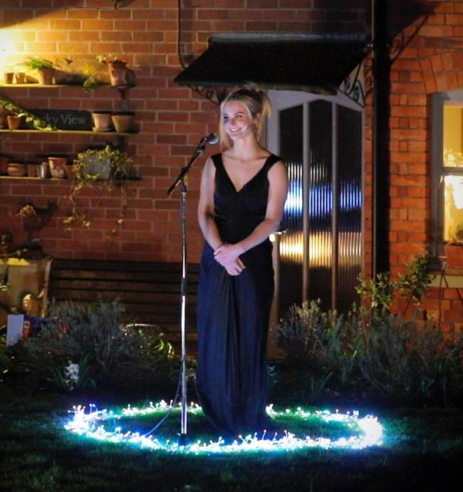 Opera singer leads Oxfordshire's tribute to the NHS