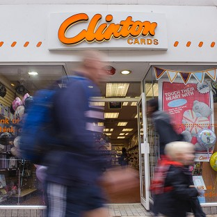 Nearly 3,000 jobs are to be axed after the administrators of Clinton Cards announced plans to close 350 stores