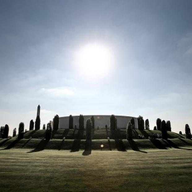 A new memorial commemorating British servicemen who died in the Falklands War is to be unveiled at the National Memorial Arboretum