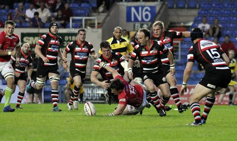 Fears that London Welsh playing rugby would ruin the Kassam Stadium pitch have been eased with the appointment of a specialist company responsible for maintaining the playing surface