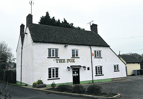 Bid to turn pub into home wins support