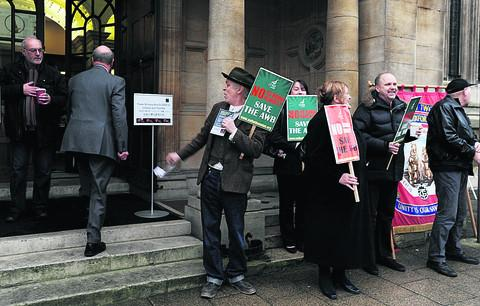 Bicester Advertiser: Farm workers protest over wage changes