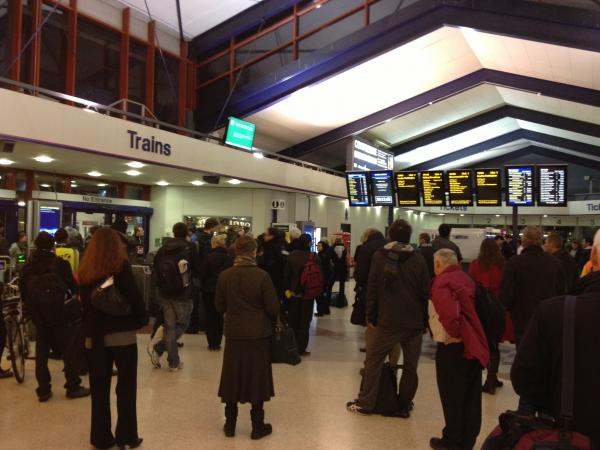 Commuters stranded at Oxford t