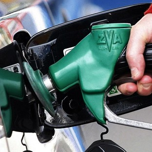 Petrol prices rising again, says AA