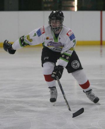 Josh Oliver scored twice in Stars' 9-3 win at Basingstoke, which clinched the
