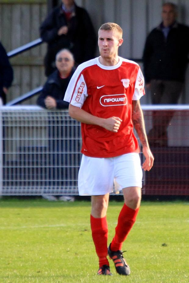 Lee Henderson returns to Didcot Town's squad for the first time since breaking a leg in November