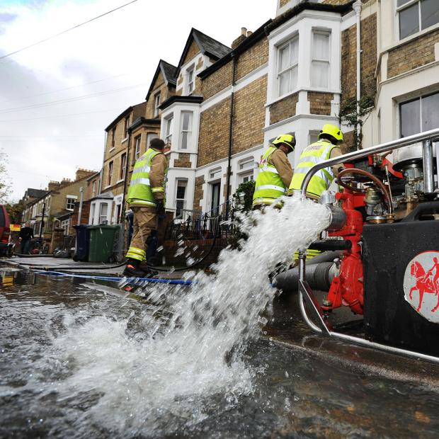 Bicester Advertiser: Flood warning for parts of Oxford with more rain expected