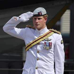 Aussies cheer Prince Harry visit