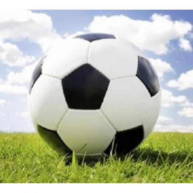 Bicester Advertiser: FOOTBALL: Kidlington's maiden title