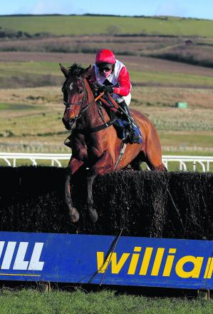 Carruthers makes his reappearance at Sandown tomorrow after recovering from injury