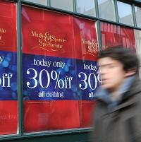 Bicester Advertiser: High street retailers were forced into aggressive early discounts to lure in  shoppers as sales flagged in the run-up to Christmas