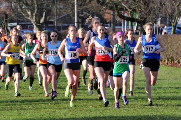 Oxford City's Melissa Hawtin (579) and Bedford's Rebecca Murray (100) are among the early leaders in the Chiltern Cross Country League ladies' race. Photo: John Harvey