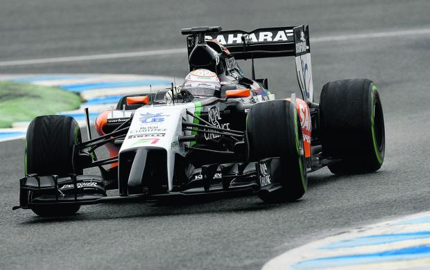 Felipe Massa zooms round the Jerez track in the fastest time during Formula 1 testing