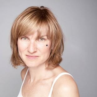 Fake Or Forgery presenter Fiona Bruce has criticised the Chagall Committee.