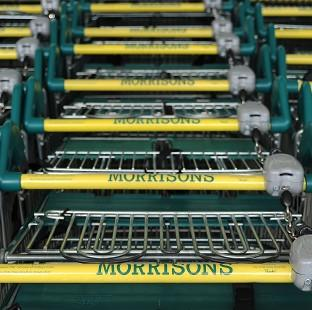 Morrisons has posted an annual loss of �17