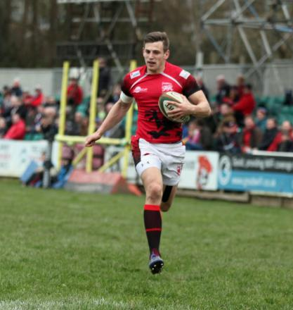 Nick Scott scores London Welsh's opening try