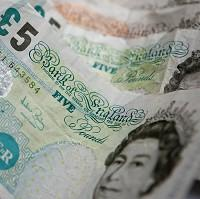 Bicester Advertiser: A survey has revealed Britons save hundreds of pounds a year using rewards points and other special deals