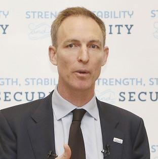 Jim Murphy wants the Scottish Football Association to speak out over the human rights abuses behind the 202