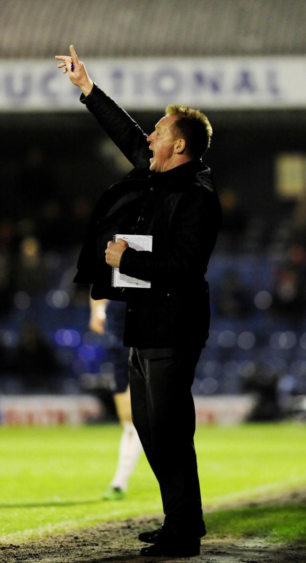 Bicester Advertiser: Gary Waddock issues instructions at Southend