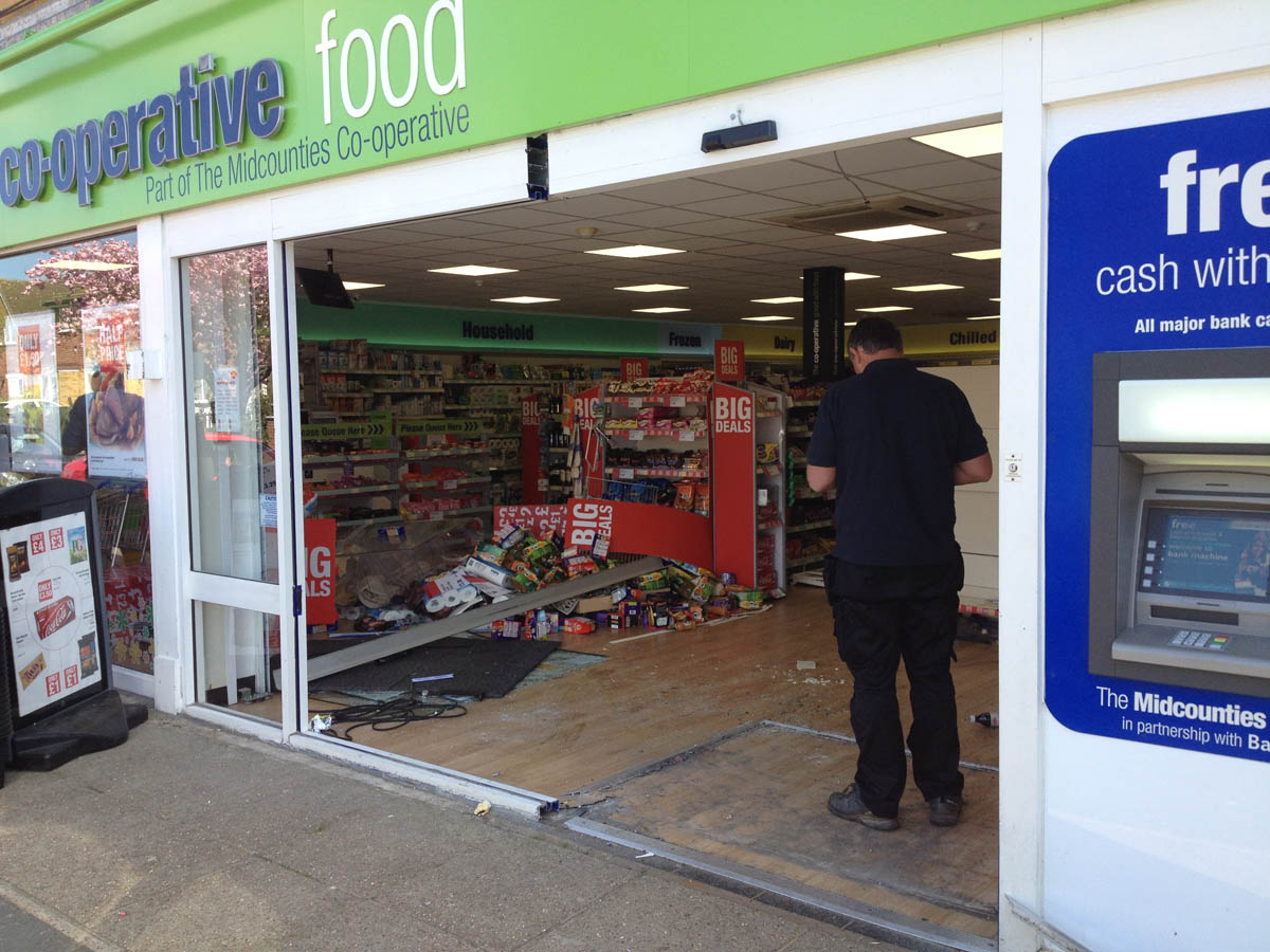 Woman hurt after car crashes into Co-Op in Bicester