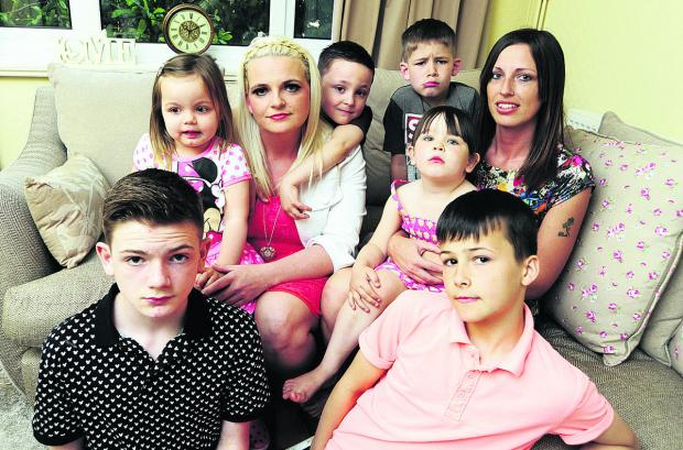 aughters and grandchildren of Larrie Lewington, clockwise from front left, Callum Lewington, 13, Summer Clapperton, two, Rebecca Lewington, 31, Louis Clapperton, six, Charlie Unwin, seven, Evie Unwin, 11, Jessica Lewington, 30, Jake Cross, 11
