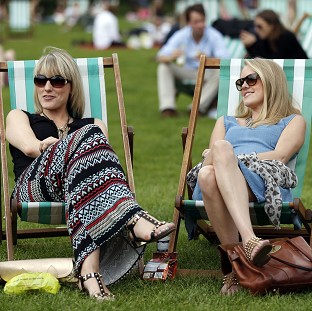 Sunny UK 'to be hotter than Greece'