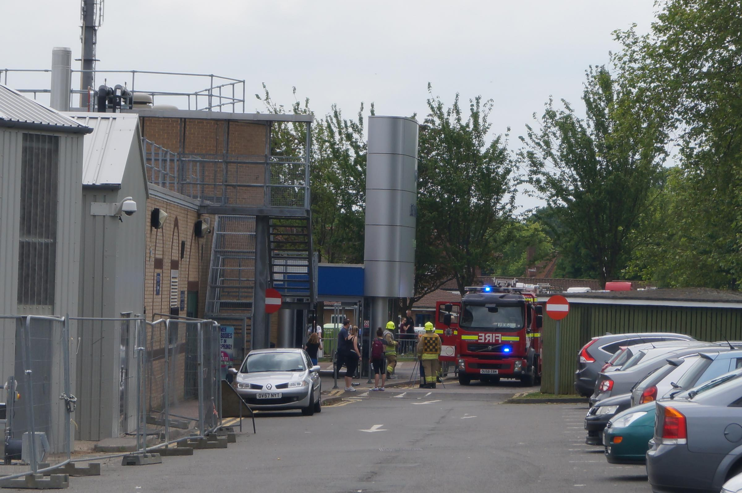 Bicester leisure centre evacuated after chlorine gas leak