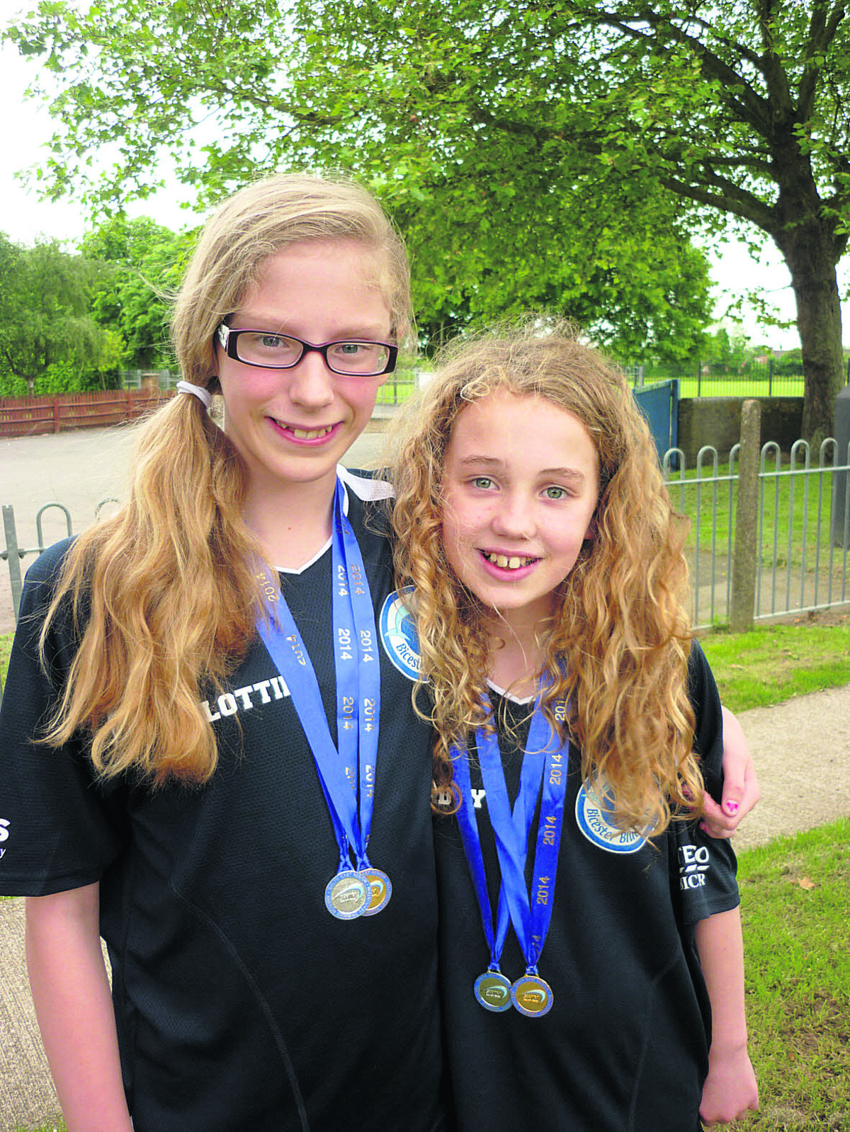 Lottie Wynne-Jones (left) and Maddy Powell show off their medals which they won at the South East England championships