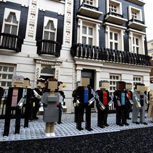 Downing Street has been asked by Lego not to associate with it a pro-union stance in Scotland's independence debate.