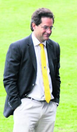 Consortium led by Charlie Methven launches formal bid for Oxford United