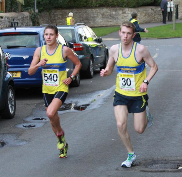 Headington Road Runners' Diane Moore battles with Martin Dunmore in the Mota-Vation Series finale