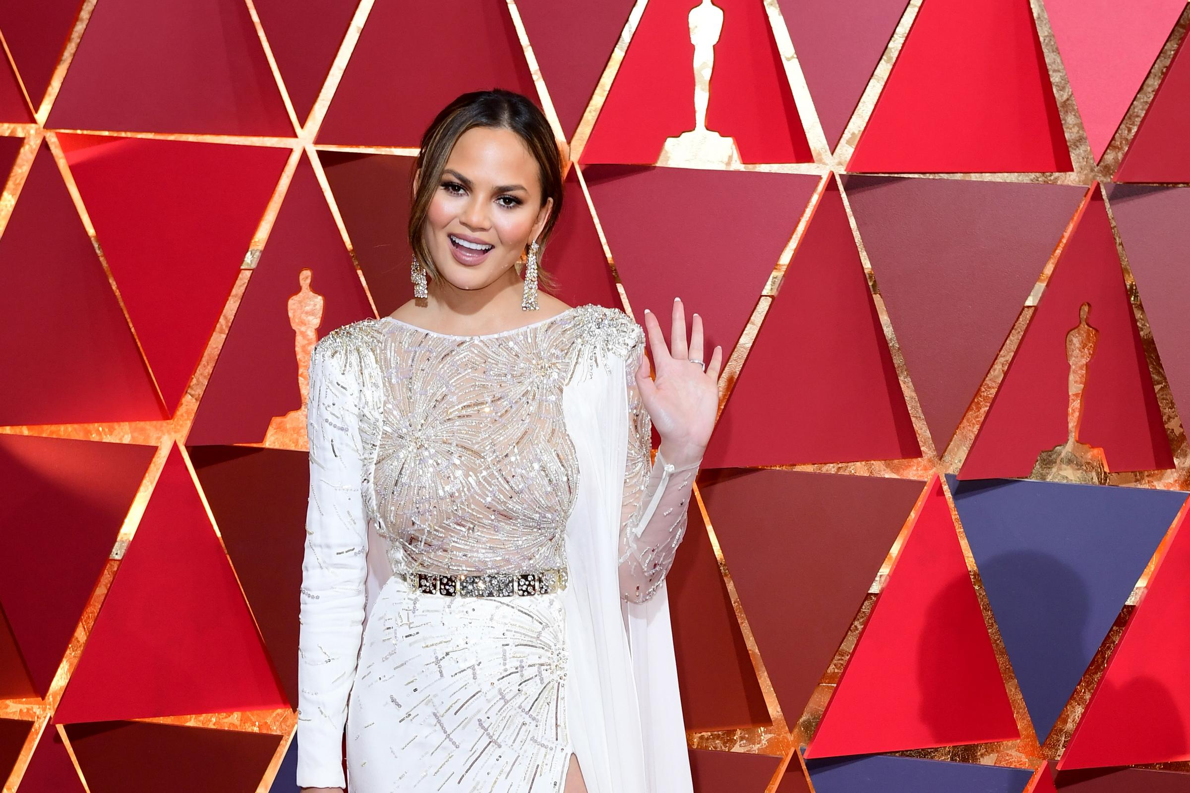 Chrissy Teigen arriving at the 89th Academy Awards