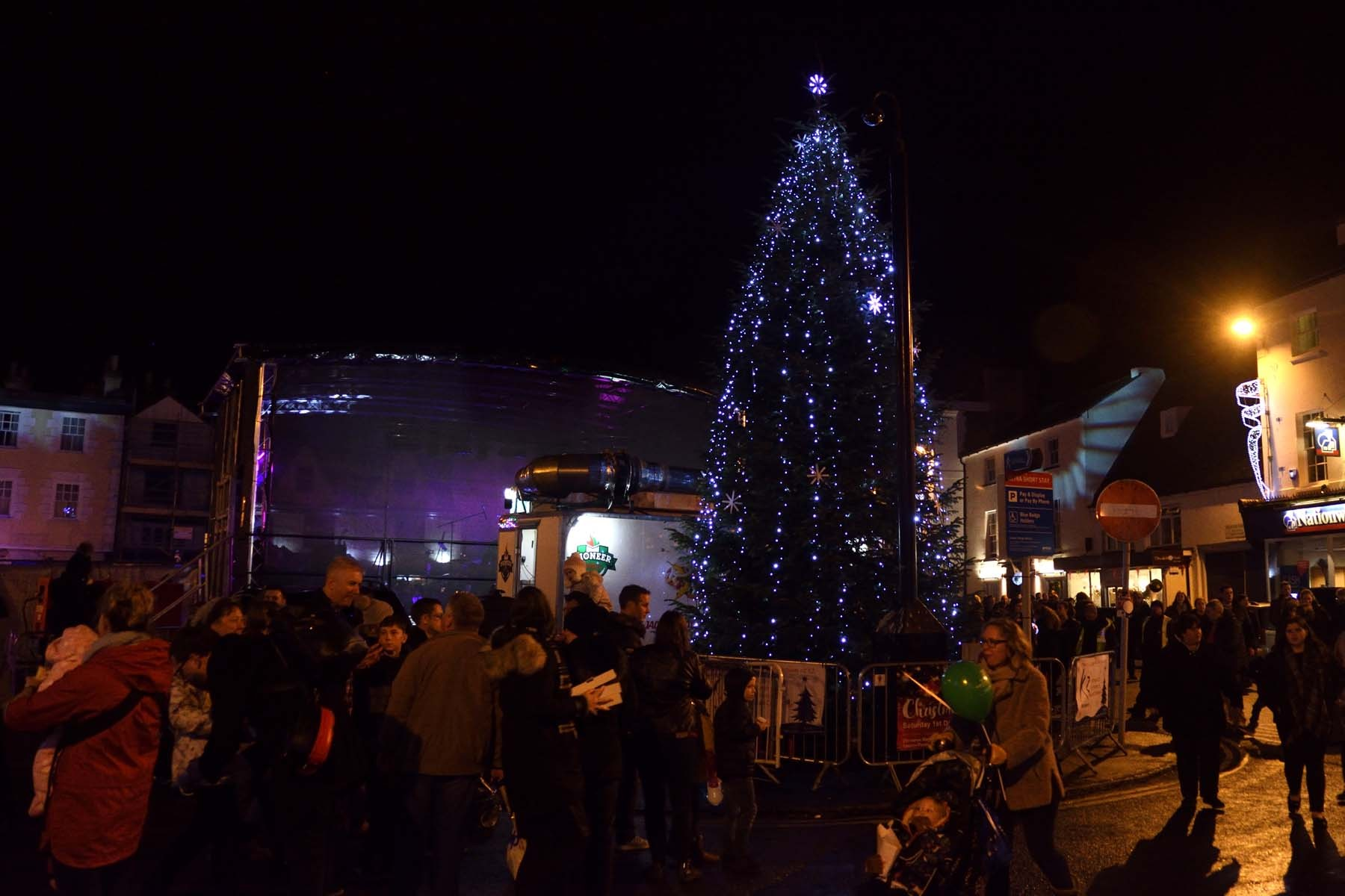 Bicester Christmas Lights 2018 - The town centre Christmas tree took centre stage for the switch-on