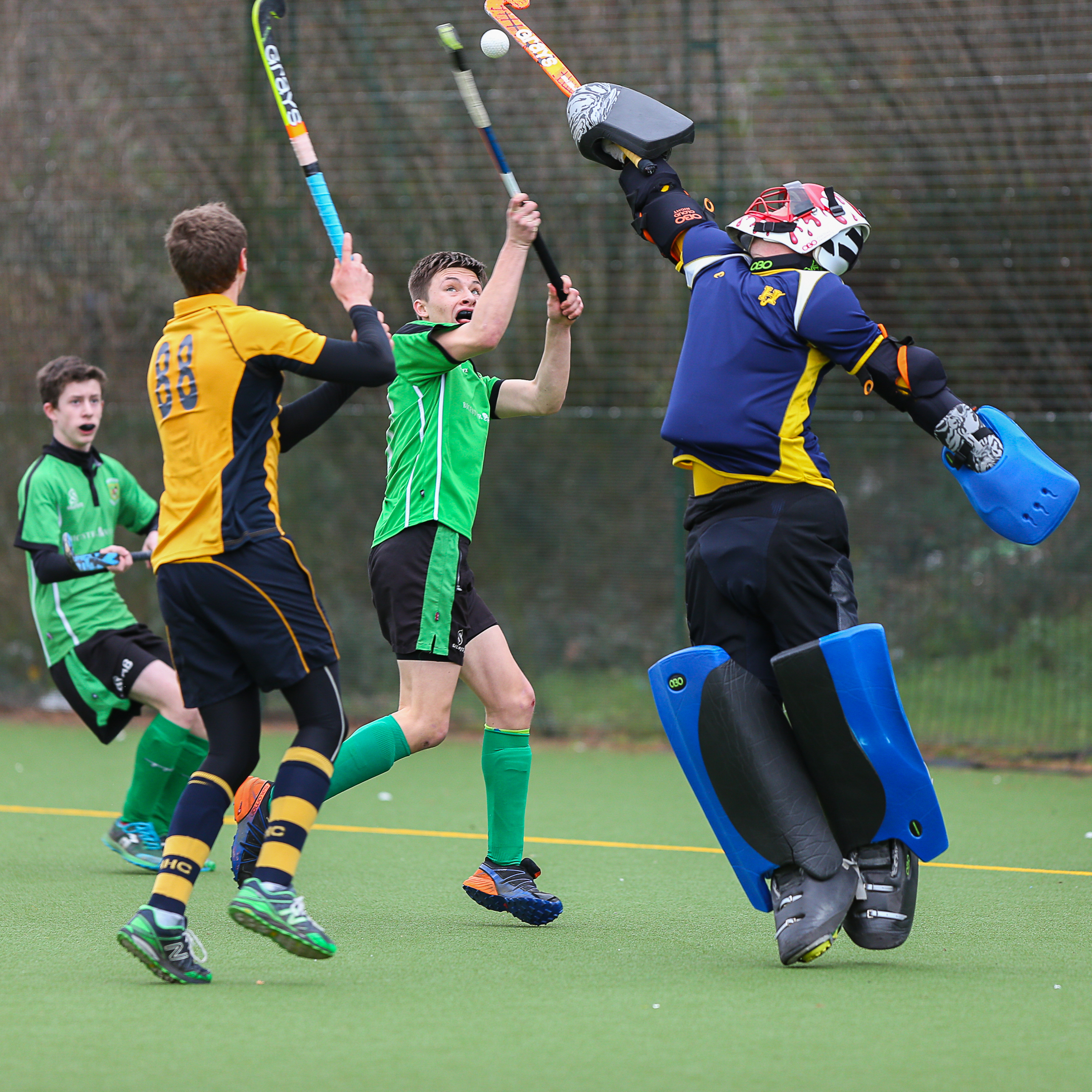 Bicester goalscorer Ollie Hartley battles for a high ball with the Henley goalkeeper during his side's 3-2 defeat in MBBO Division 1 Picture: Shaun Jackson