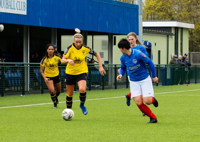 Oxford United match-winner Emily Allen takes on the Portsmouth defence    Picture: Tom Melvin